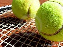 Découvre, joue et gagne : viens jouer au tennis à Romilly !