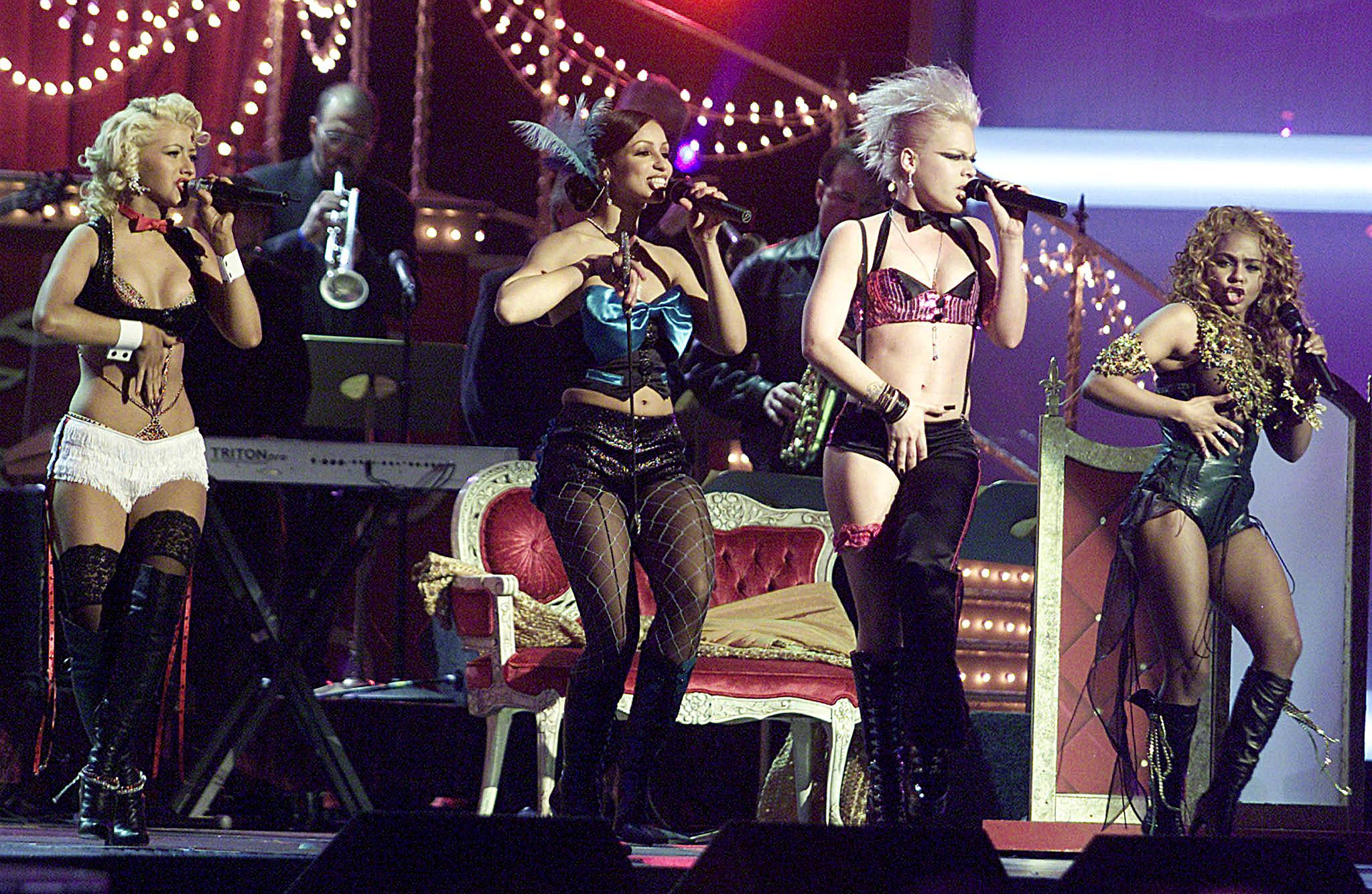 Christina Aguilera, Lil' Kim, Mya / Pink / Lady Marmalade