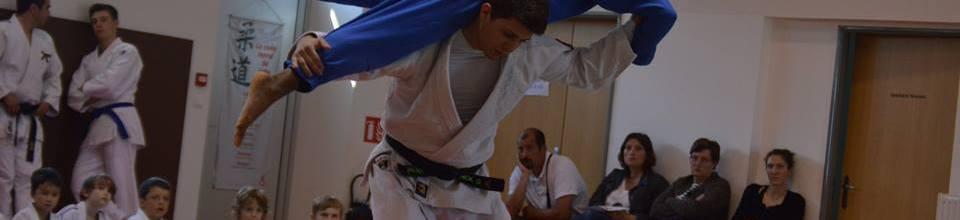 JUDO CLUB DES COTEAUX MACARIENS : site officiel du club de judo de ST MACAIRE - clubeo