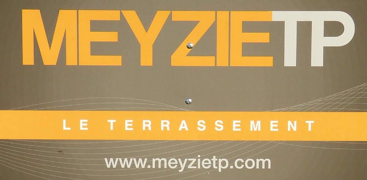 Meyzie tp club rugby rugby club du pays de saint yrieix for Garage partenaire allianz