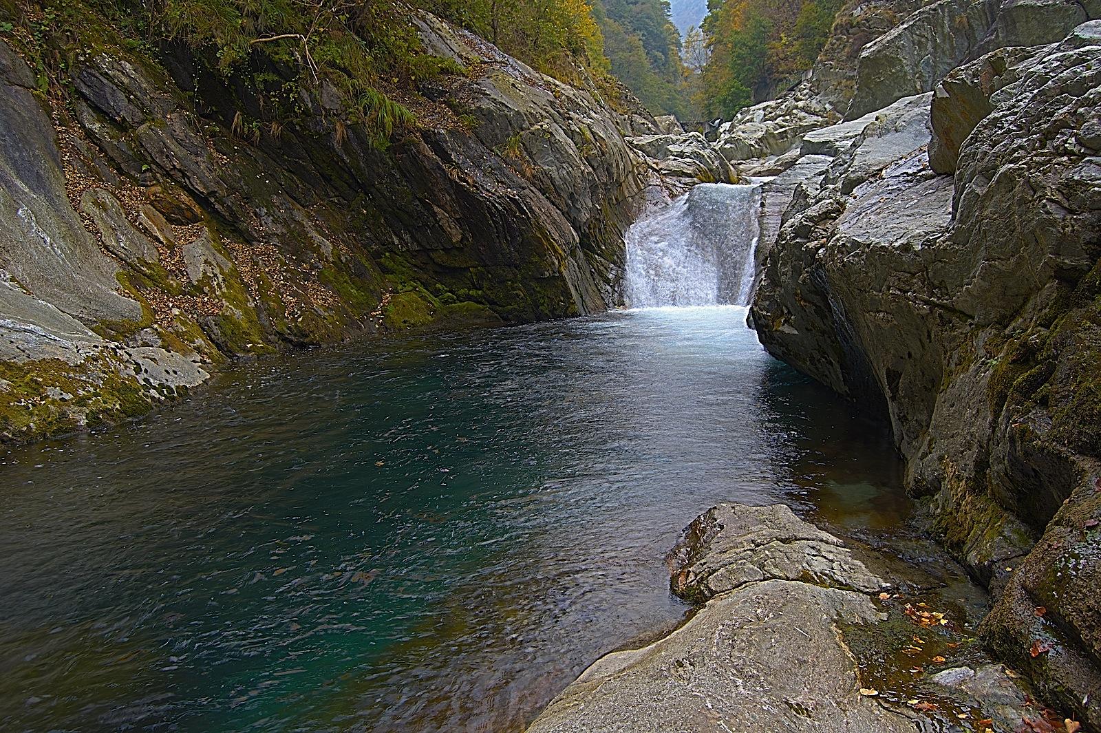 Actualit tour d 39 europe de la truite l 39 italie for Buthier piscine