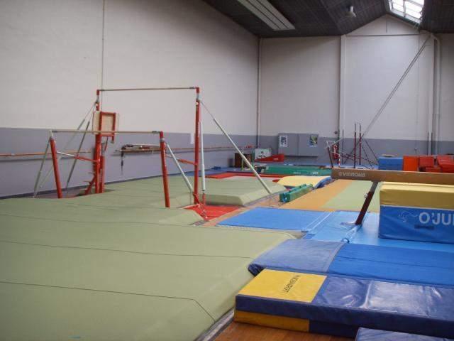 gymnase salle deleersnyder photo n 3 club gymnastique umro gymnastique dunkerque clubeo. Black Bedroom Furniture Sets. Home Design Ideas