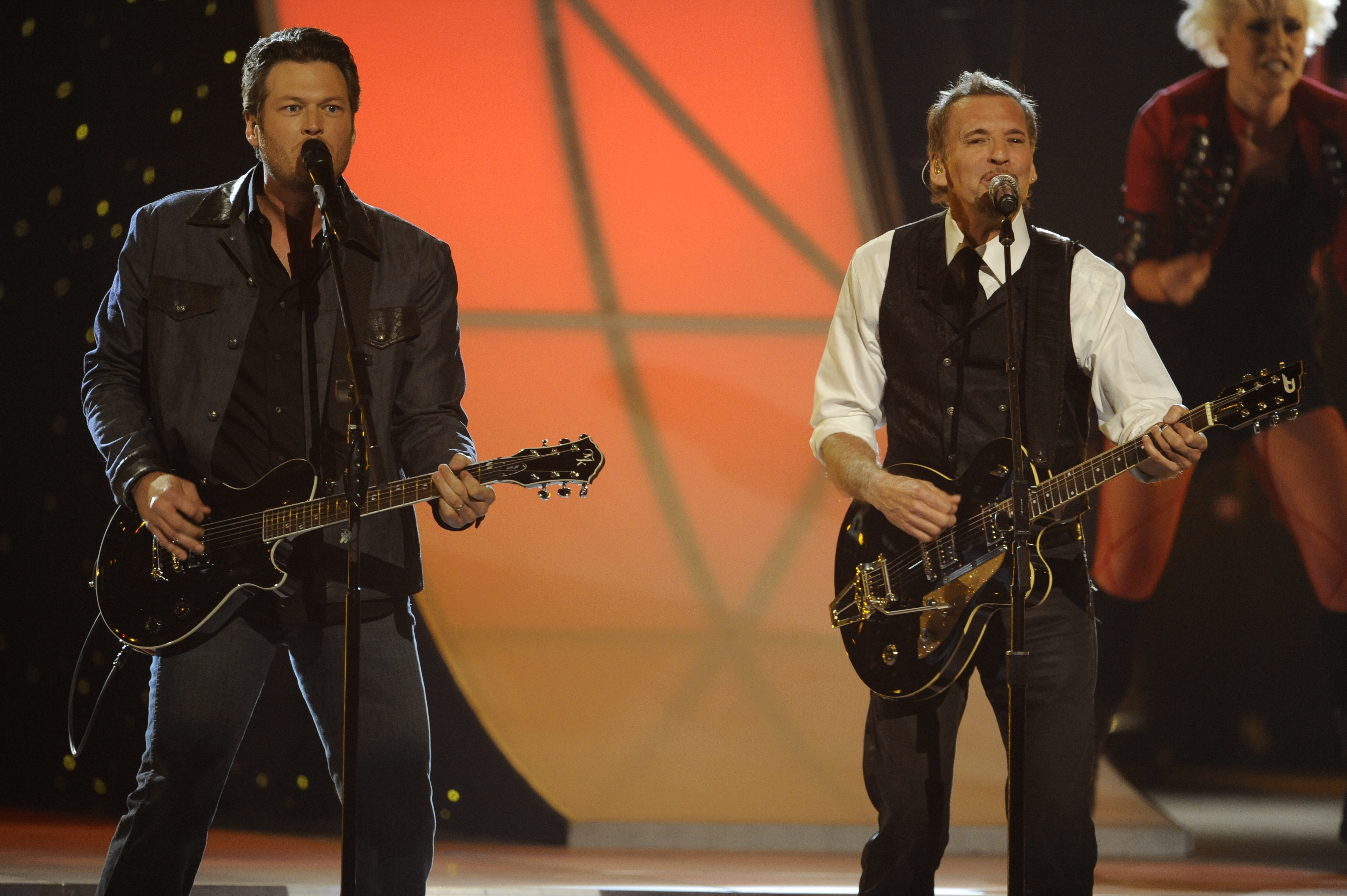 Blake Shelton and Kenny Loggins